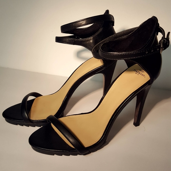 Zara Trafaluc Sandalia Piso Track III Sandals Sz 9